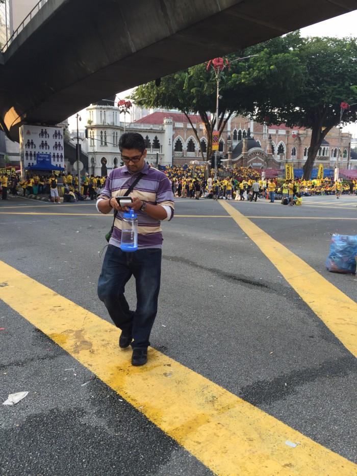 Heading home after covering Bersih 4, 30 Aug 2015, Jalan Raja, Kuala Lumpur.
